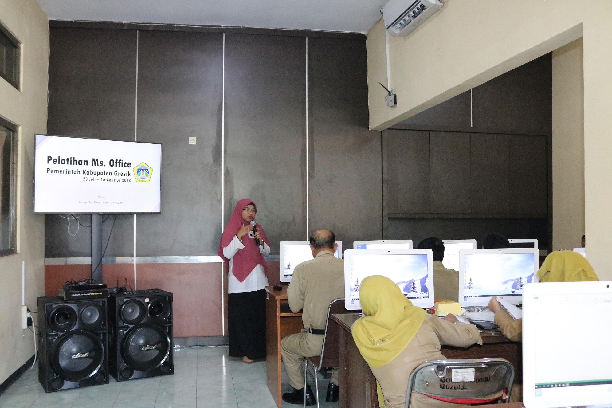 Demi meningkatkan Kopetensi ASN Kabupaten Gresik, Diskominfo Kabupaten gresik mengadakan Pelatihan Dasar Microsoft Office