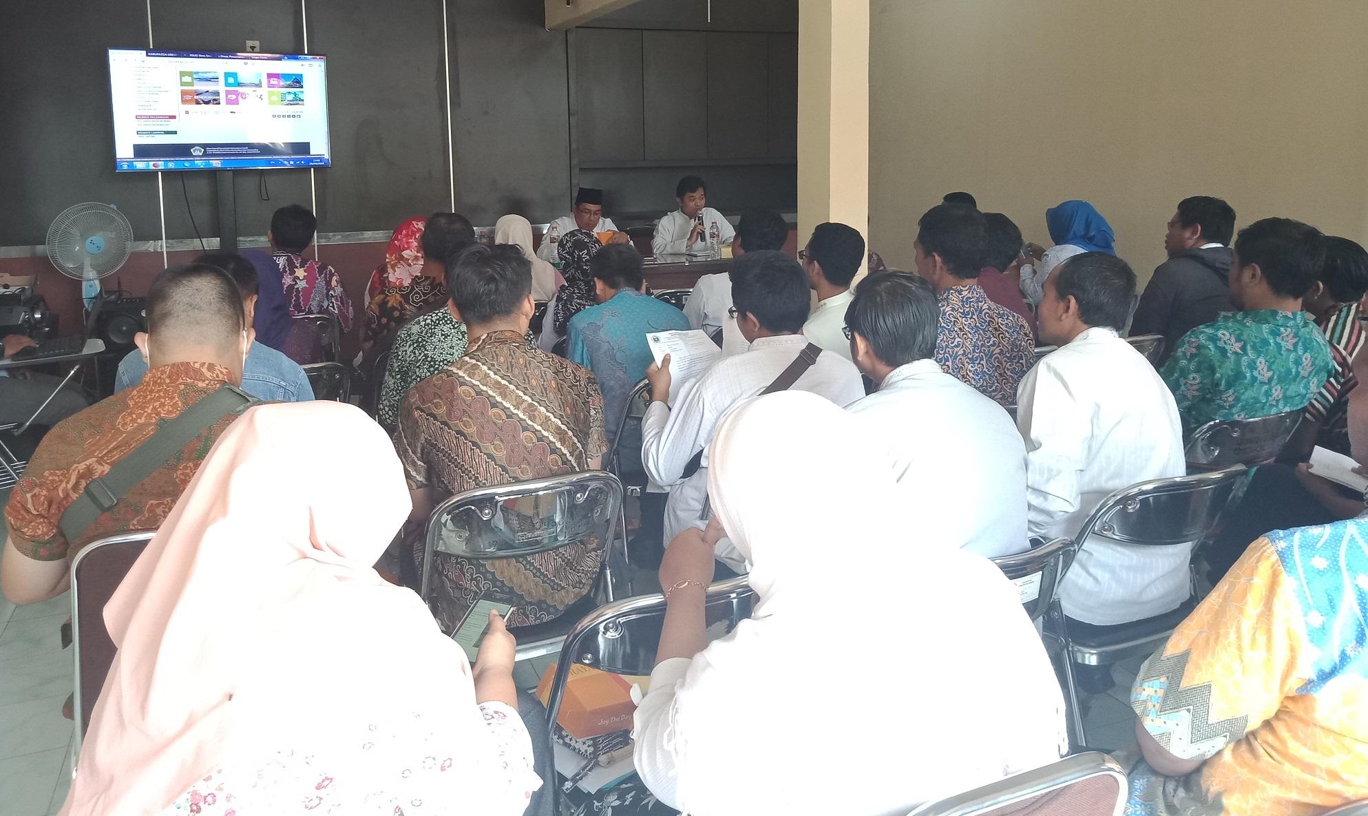Dinas Kominfo Kabupaten Gresik tertibkan Website OPD