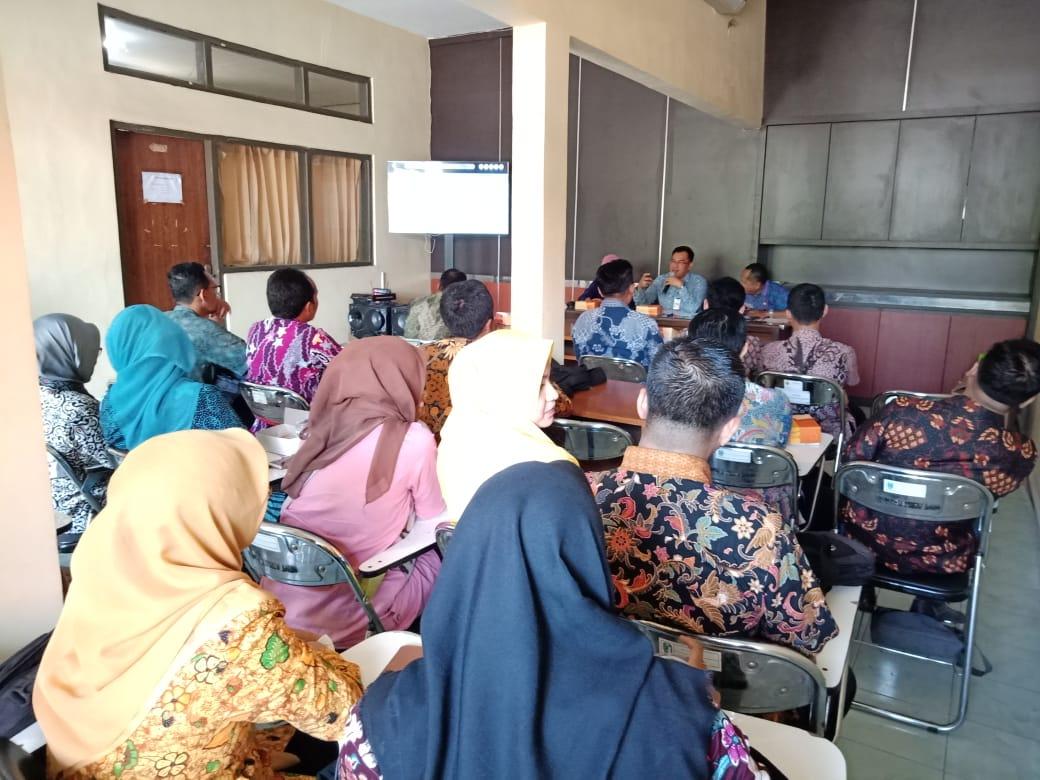 Rapat Koordinasi Updating website SIBAPO Sistem Harga Kebutuhan Bahan Pokok