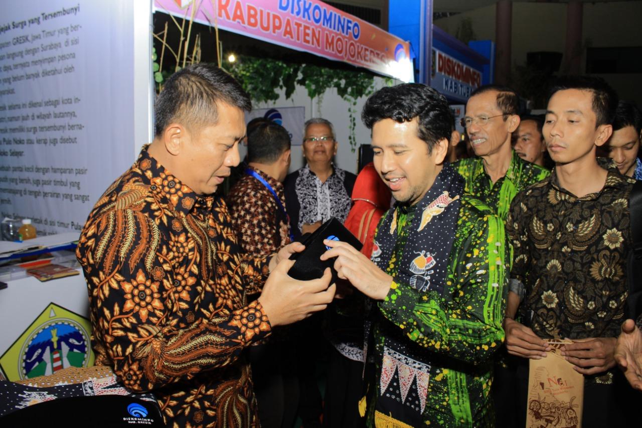 Keris Kanjeng Sepuh Sidayu menjadi perhatian Khusus di Jatim Kominfo Festival